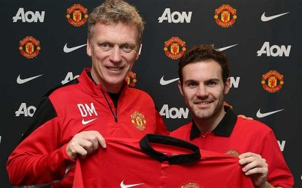 David Moyes signs Mata